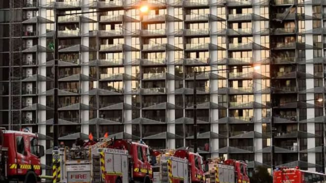 Cladding rectification: Victorian Government announces new fund to fix hundreds of unsafe homes