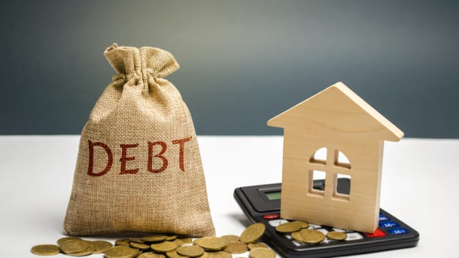 Buyers warned about taking on too much debt by CommBank's Matt Comyn