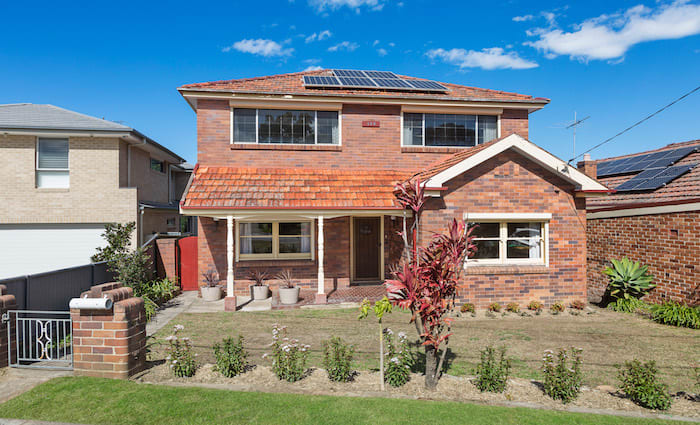 Melrose Park home goes under the hammer for the Ovarian Cancer Australia charity
