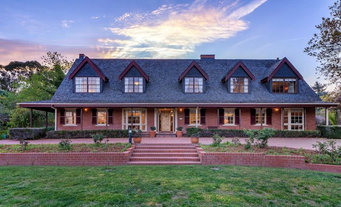 Canberra's auction record broken with $5.85 million Red Hill sale