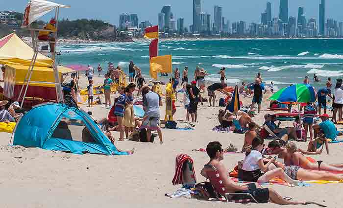 Australia could house around 900,000 more migrants if we no longer let in tourists