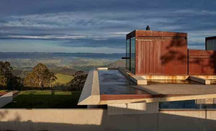 Hampton, Megalong Valley Invisible House sold as executive weekender rental