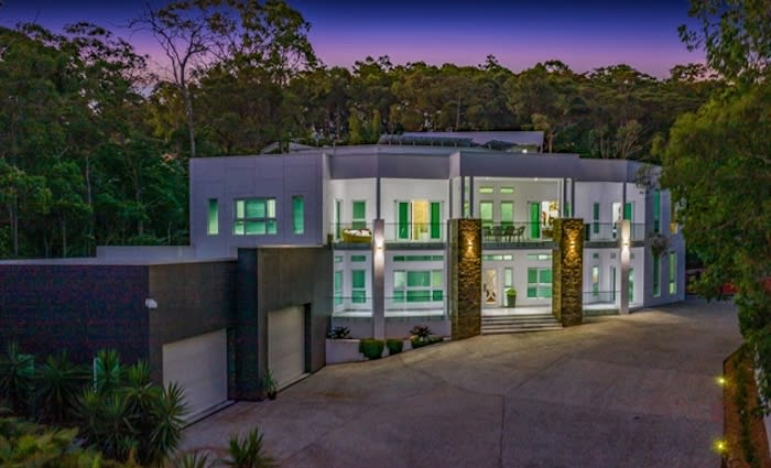 Elevated six-bedroom trophy home in Shailer Park for sale