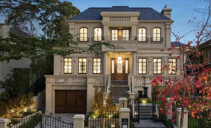 Balwyn North median house price drops to 2015 levels