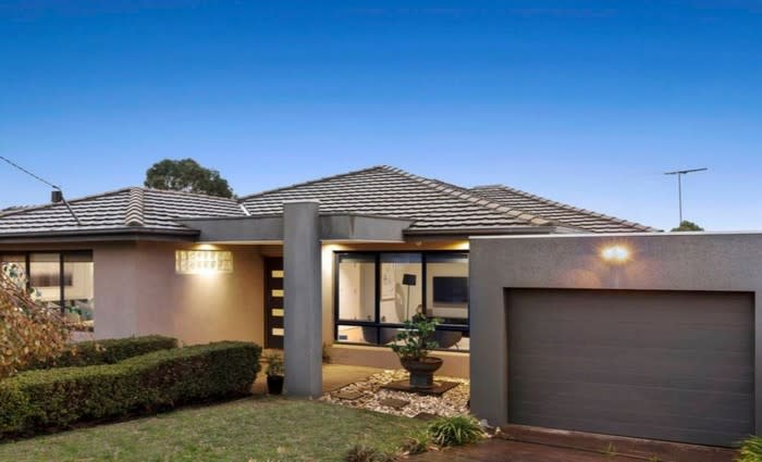 Bentleigh East again the busiest weekend property auction hotspot