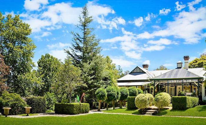 Berry Mountain trophy home, Glenworth sold