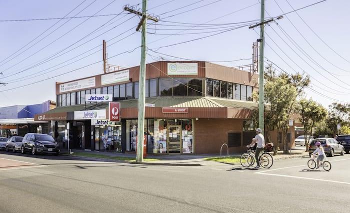 Melbourne weekend auction vendors secure lockdown sales