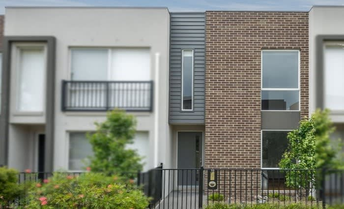 Mortgagee's Coburg North townhouse sold at auction