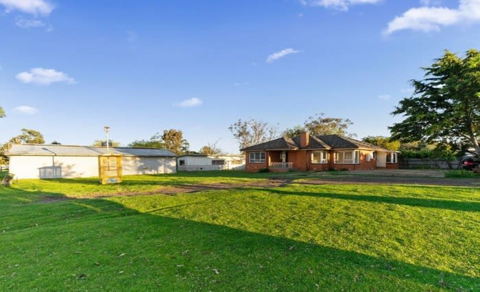 Devon Meadows, Victoria mortgagee acreage sold for $180,000 below asking price