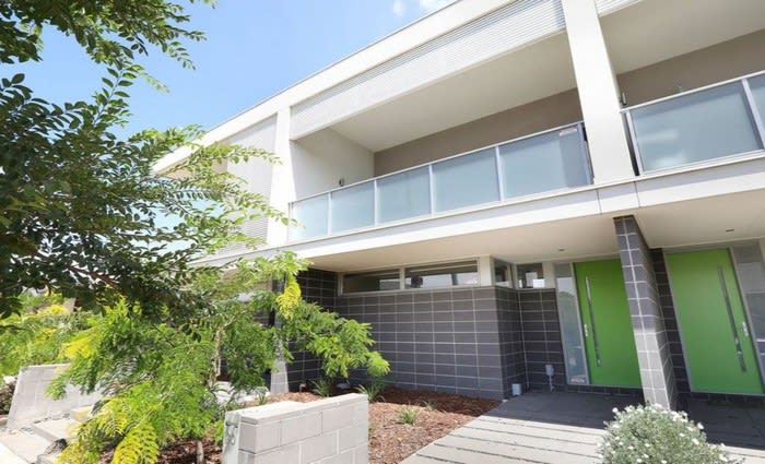 Mortgagee sells $515,000 Sunshine West townhouse