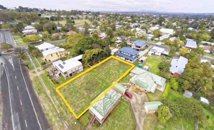 Andrew Winter accepts less than asking price for Ipswich building block