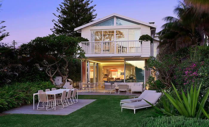 Oroton boss Ross Lane sells Manly's only privately owned absolute beachfront