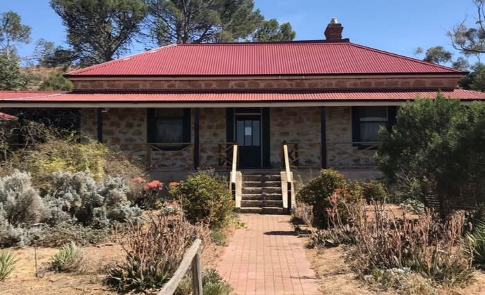 Historic 1880's Mannum, SA mortgagee home sold