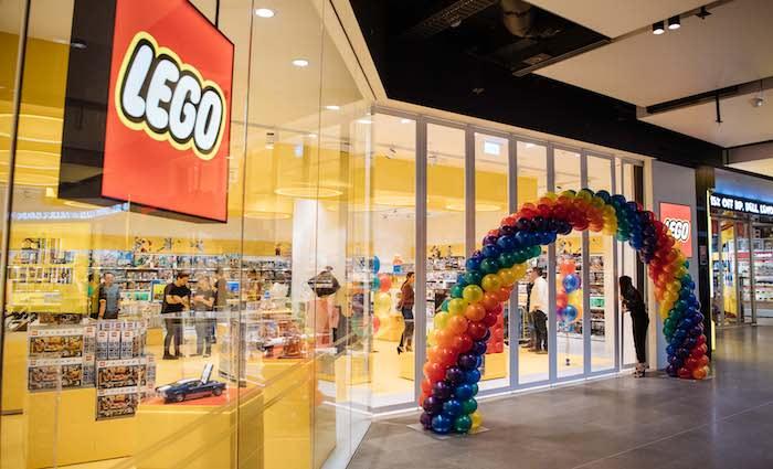 Lego store opens in Broadway Sydney