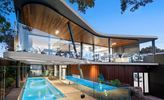 Four houses at Mitala Newport completed with one set for a record price