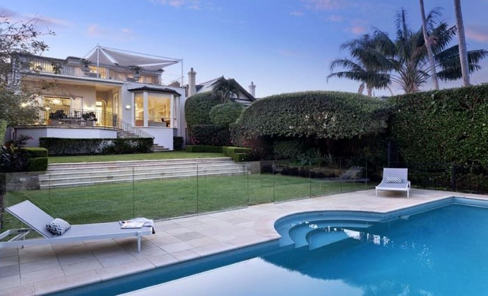 Mid-May auction clearance rates rise while volumes shrink pre-COVID-19 winter hibernation