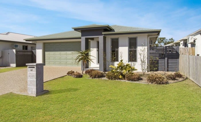 Mount Louisa home sold by its mortgagee for $120,000 loss