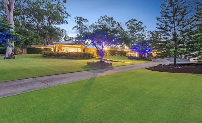 Olympic champion Sally Pearson lists Gold Coast home