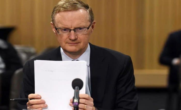 Rate cuts might hurt and help, what if Philip Lowe didn't have to do so much? Gabriele Gratton