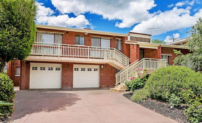 Former South Australian cricket legend's Campbelltown home hits the market
