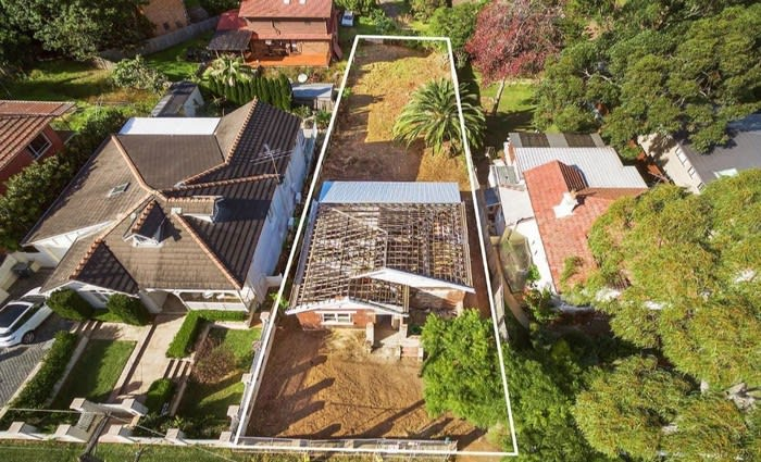 Roofless mortgagee Denistone offering sold for $1.092 million