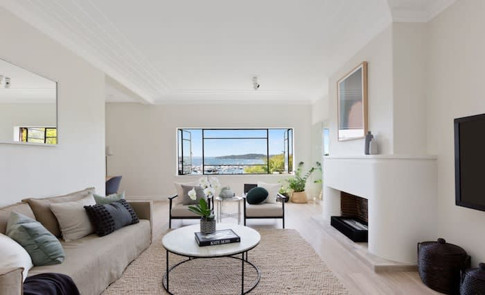 Fitness guru and former Bachelor Tim Robards buys Rose Bay apartment