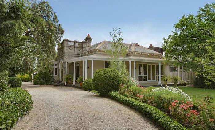 Armadale trophy home Moorak sold after nearly six-decade ownership