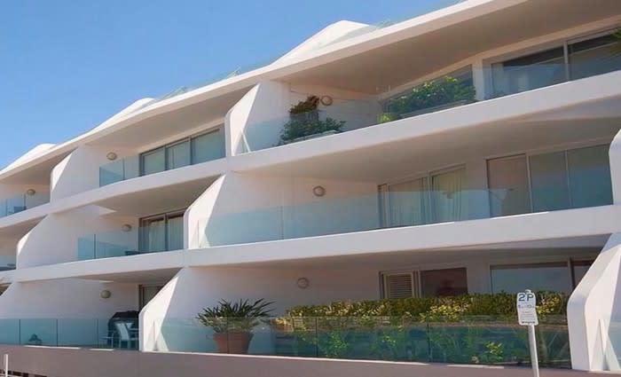 Triangl swimwear founder Craig Ellis and wife Erin Deering buy $5 million Bondi Beach apartment