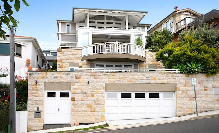 Walter Barda-designed Thompson Street, Tamarama trophy home listed