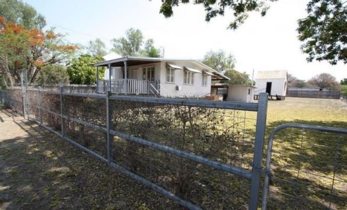 Charters Towers City, Qld home sold for half price by mortgagee