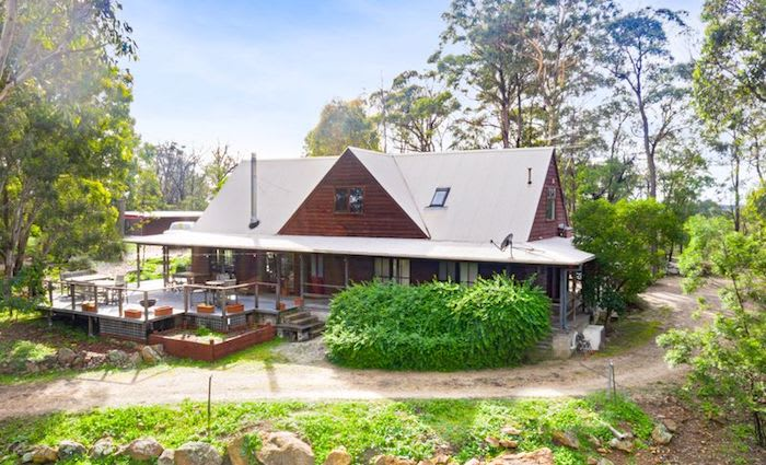Former Canyonleigh retreat of late entertainer Graham Kennedy sells