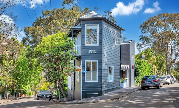 Emma Chisett, Edgecliff terrace listed with $1.85 million hopes