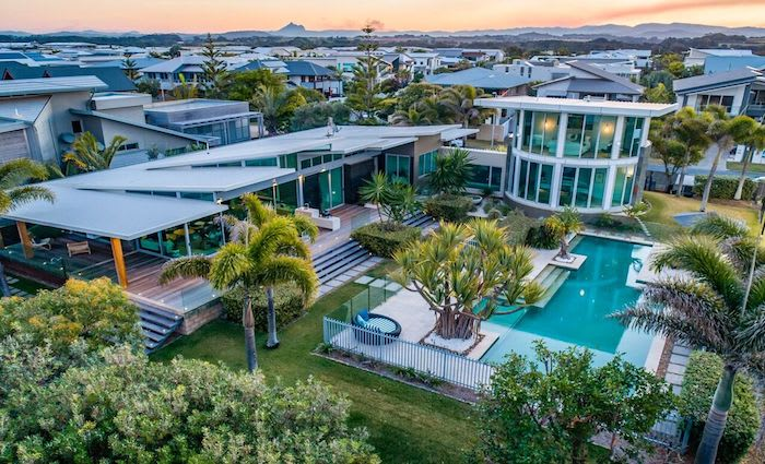 North Point Residence at Kingscliff withdrawn from sale