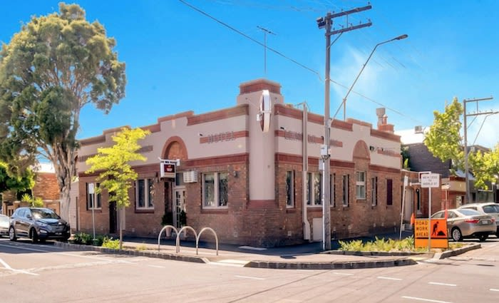 Collingwood's Leinstar Arms Hotel building for sale