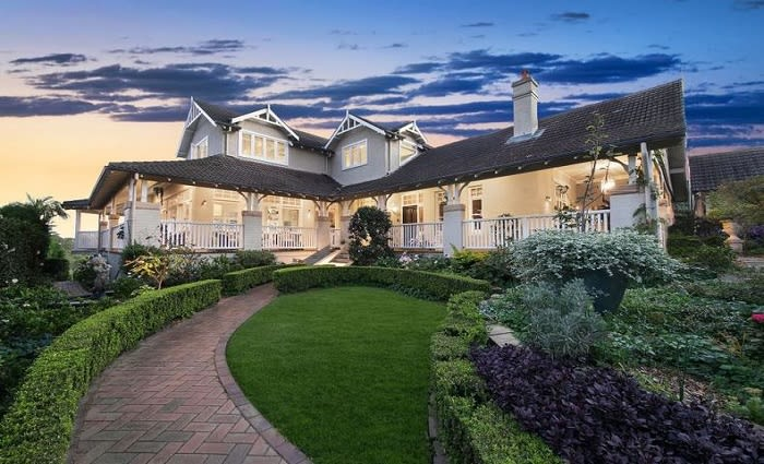 Federation Lindfield trophy home sold over the phone at record breaking price