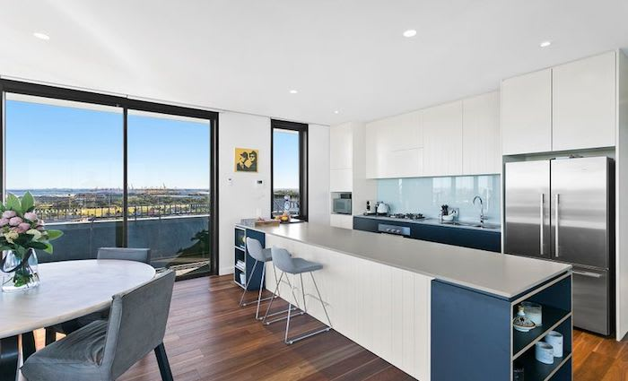 Rabbitoh Tom Burgess lists Little Bay penthouse