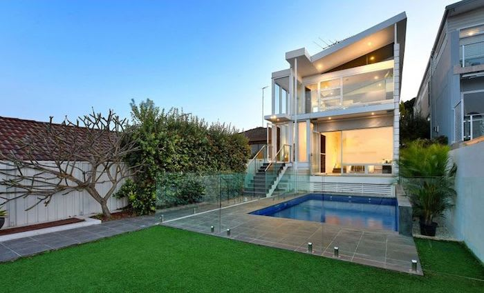 Sydney Swan Luke Parker pockets $3.2 million in Malabar