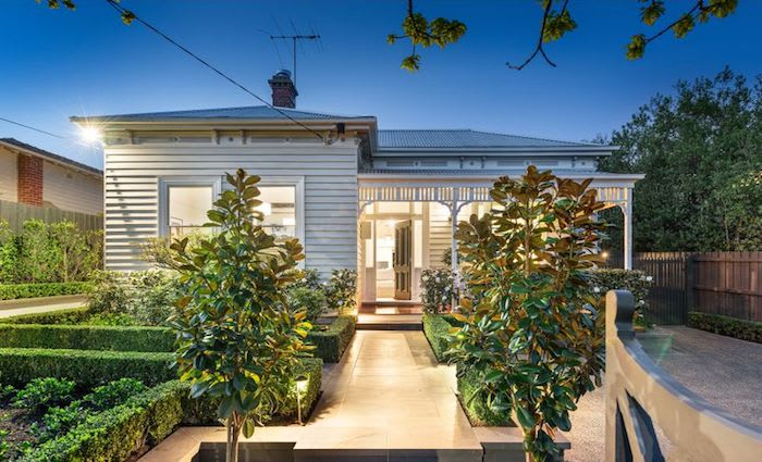 Mont Albert Victorian-era home surrounded by landscaped gardens sold