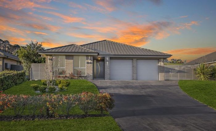 Morphett Vale, South Australia mortgagee home sold for minor loss