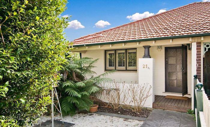 Purple Wiggle Lachlan Gillespie buys Naremburn home