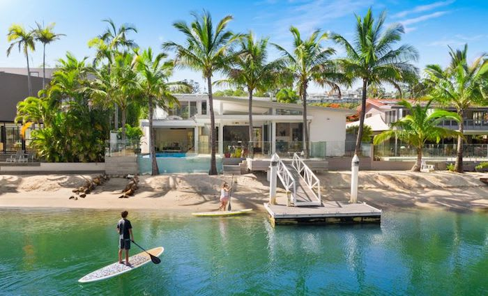 UBS head of equities Steve Boxall buys at Noosa Heads
