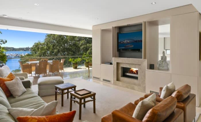 Retired bookie Bob Blann lists Rose Bay apartment