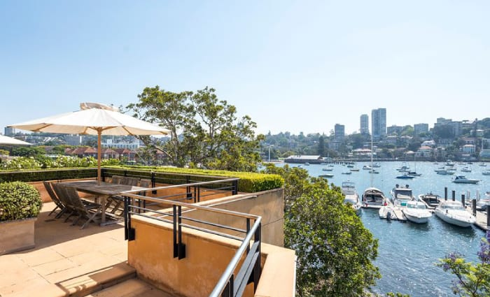 Cool change as rock legend Glenn Shorrock sells longtime Double Bay home