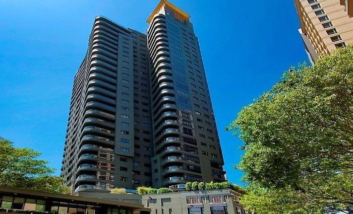 Billionaire Robert Millner sells Millers Point apartment