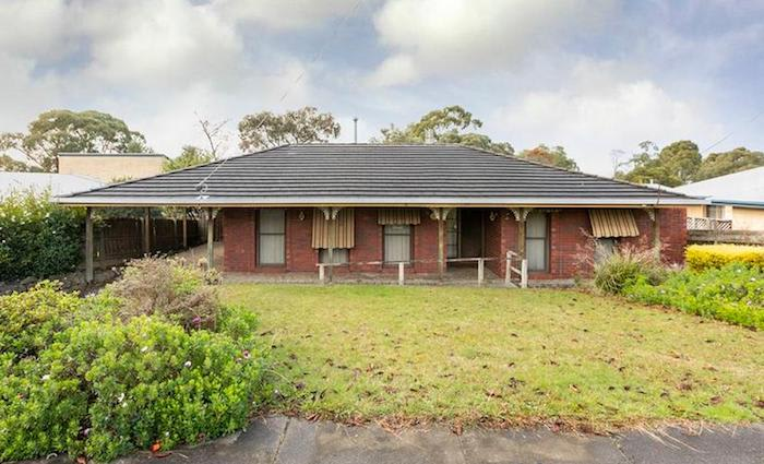 Mortgagee Warragul home going to auction