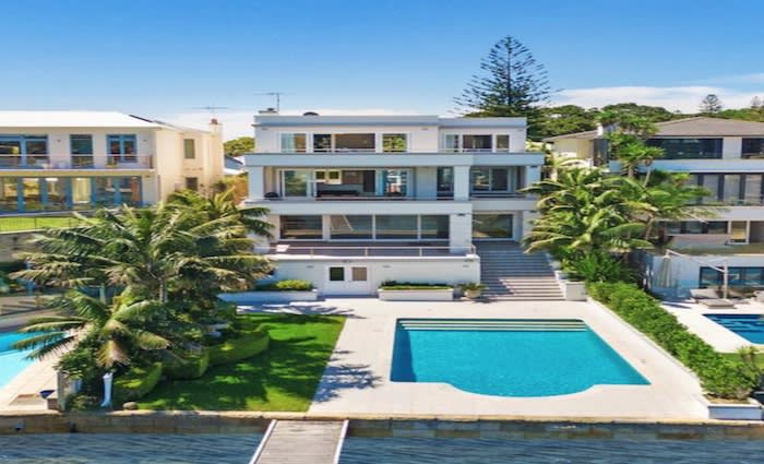 Nutribullet CEO Colin Sapire sells Watsons Bay holiday home