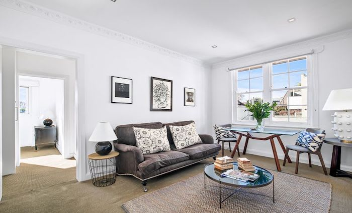 Leckie's Woollahra bolthole sells for $100,000 less than bought for