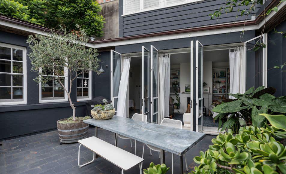 Interior designer architect Jonathan Richards sells Darlinghurst trophy home