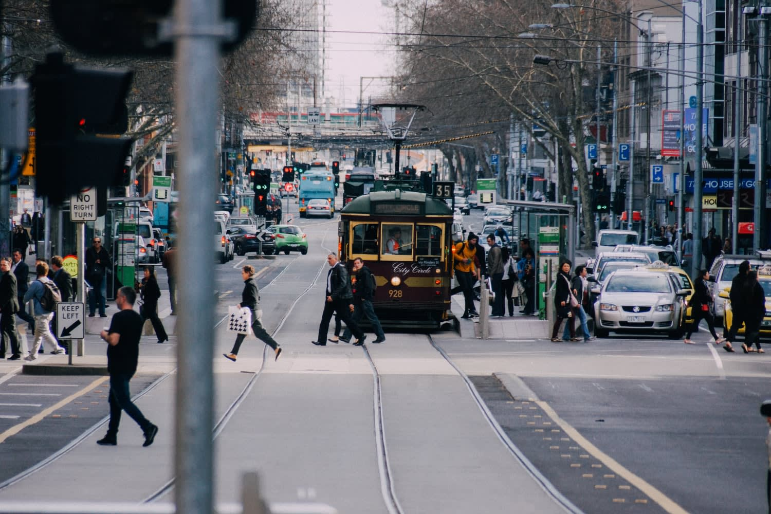 Melbourne's revised Transport Strategy 2030 aims to deliver $870 billion boost to economy