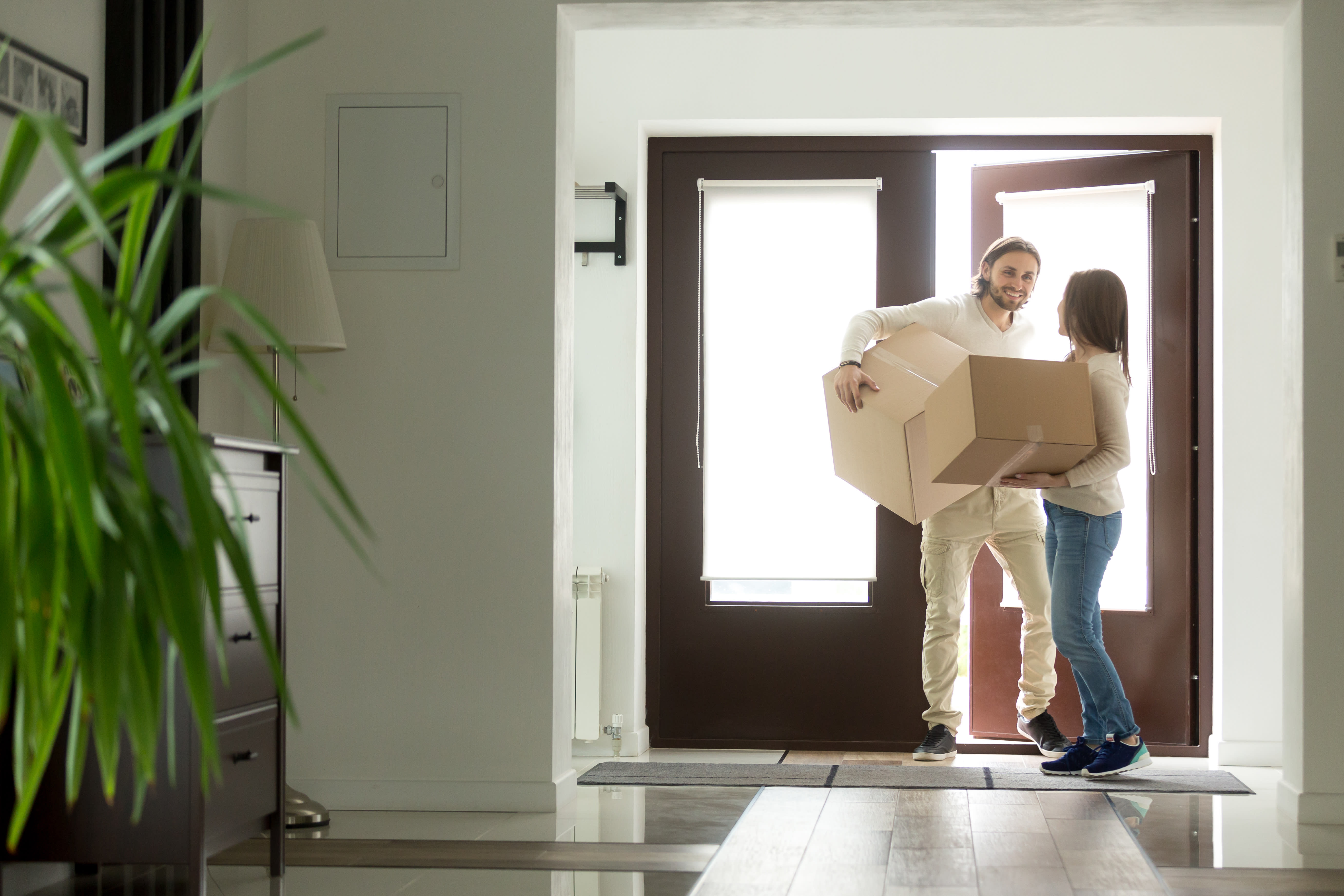 Looking to buy an investment property? Top 3 things you must do online first.